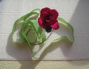 Розы из гофрированной бумаги пошагово (15)