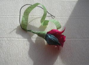 Розы из гофрированной бумаги пошагово (16)