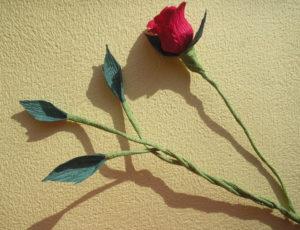 Розы из гофрированной бумаги пошагово (24)