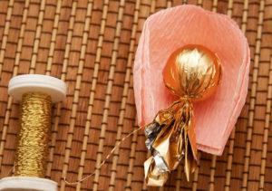 Розы из гофрированной бумаги пошагово (29)