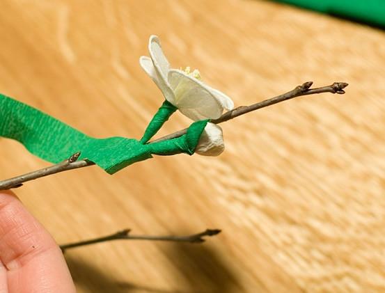 Ветка вишни из гофрированной бумаги мастер класс
