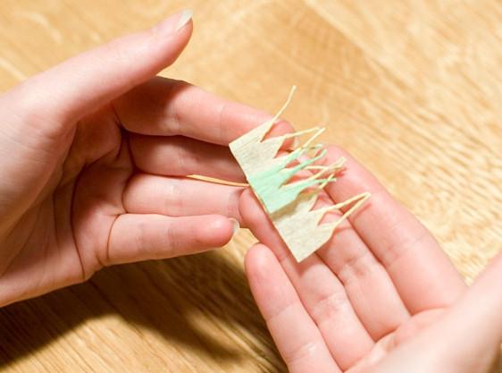 Цветы из гофрированной бумаги для начинающих (8)