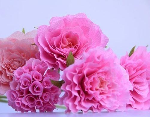 Цветы из гофробумаги своими руками (41)