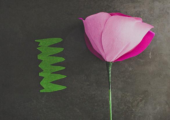 Большие цветы из бумаги.