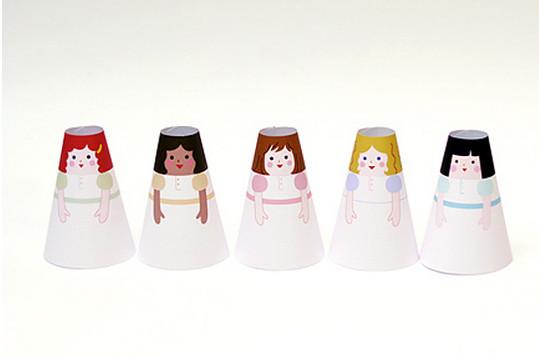 Бумажные куклы с одеждой .