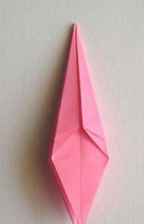 Лилии из бумаги оригами .