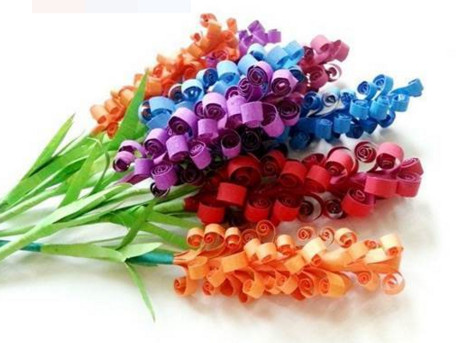 Простые цветы из бумаги.