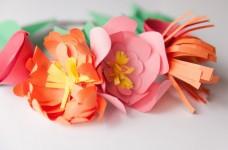 Простые цветы из бумаги (7)
