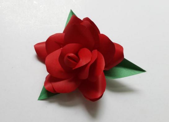 Цветы из бумагию.