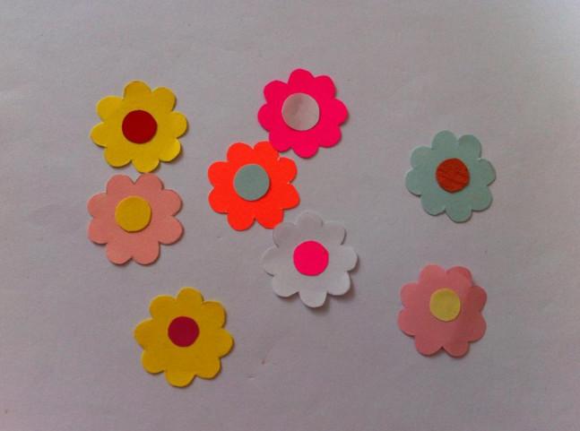 Цветы из бумаги для детей.