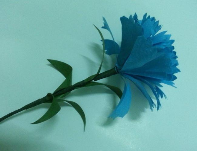 Цветы из бумаги поэтапно.