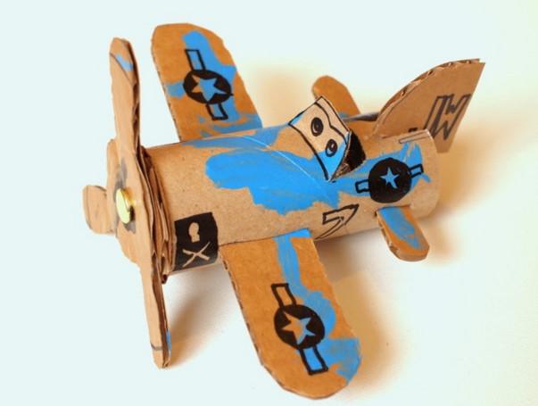 Как сделать из картона самолет