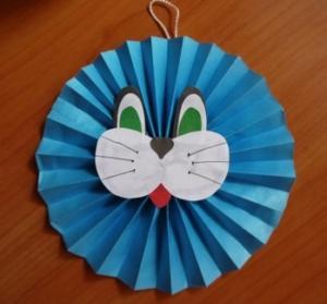 Поделки из бумаги сложенной гармошкой для детей
