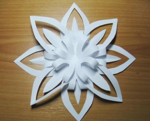 Снежинки из бумаги 2 класс
