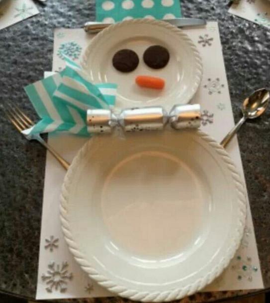 Теперь я знаю, как украсить праздничный стол! 15 сказочных идей для новогоднего декора.