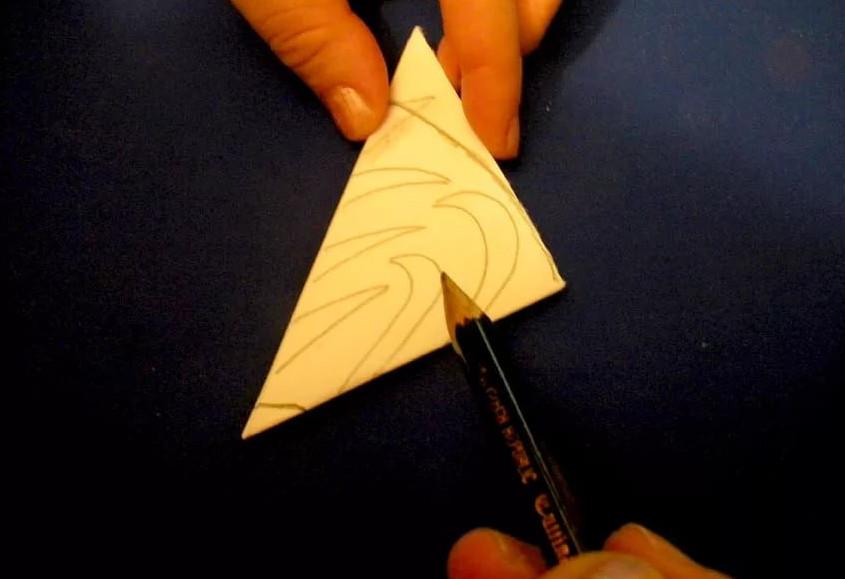 Схемы самых креативных снежинок из бумаги к Новому году!