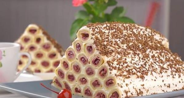 Торт «Монастырская изба» из блинов: необычайно вкусный...