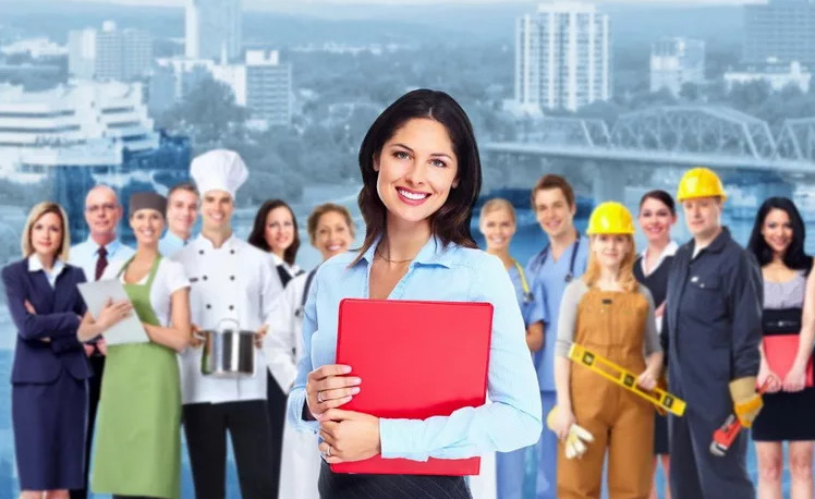 7 профессий, которые можно освоить с нуля после 35 лет