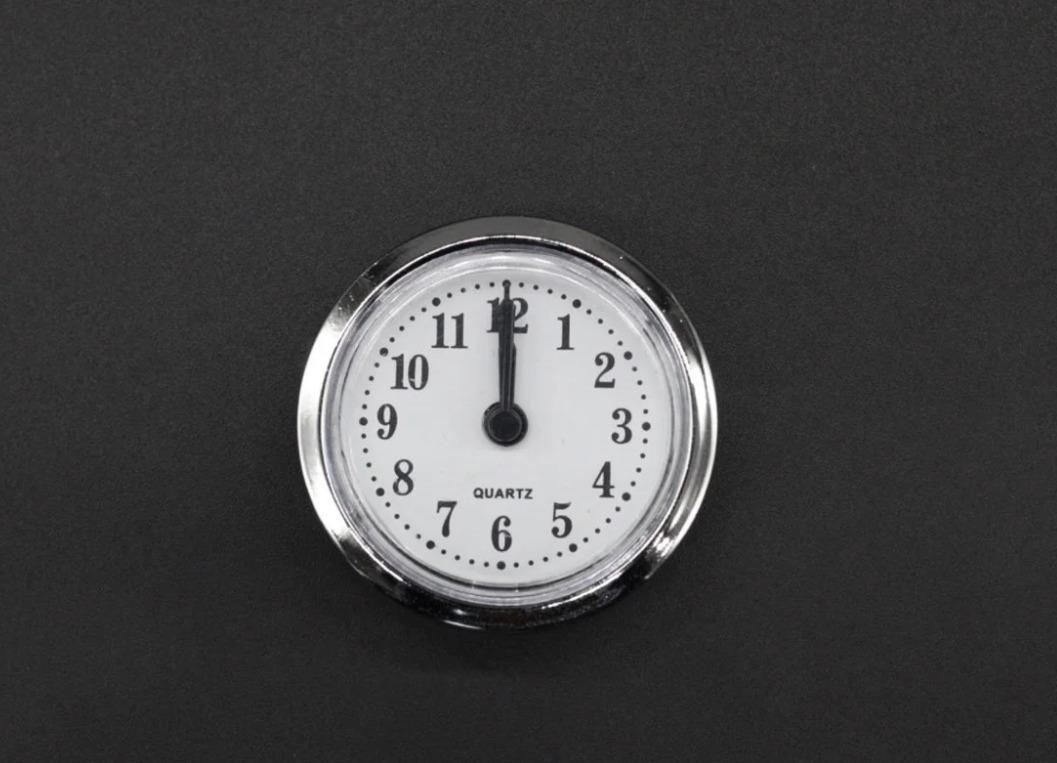Кварцевые часовые механизмы: почему одни громко тикают, а другие работают бесшумно